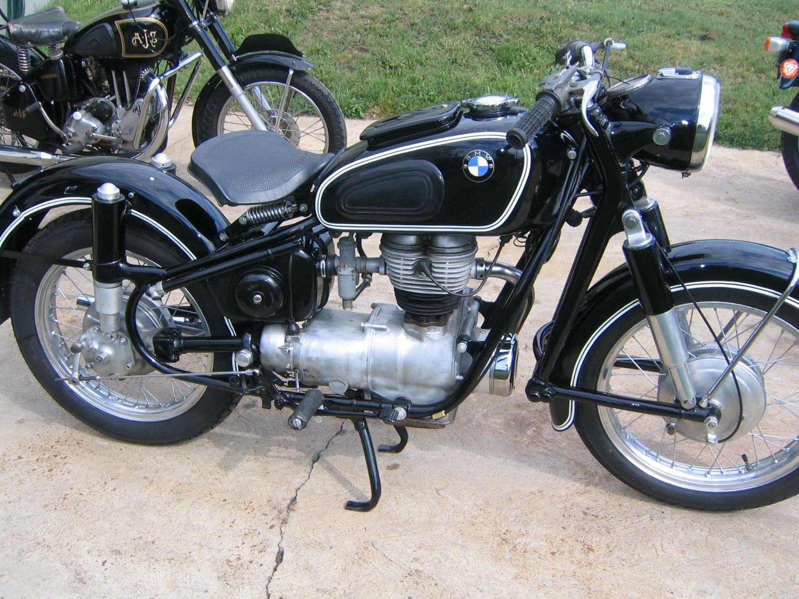 1966 Bmw R27